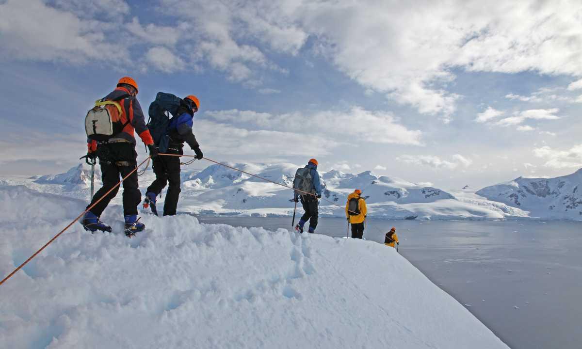 QUA_3_QUA_RTD_Mountaineering_2