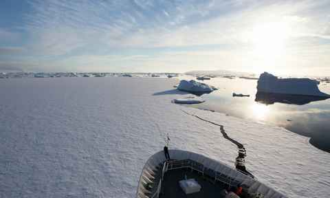 Antarctic Circle Cruises