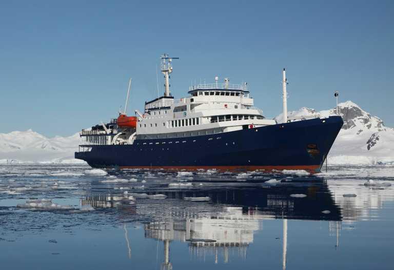 OCE_3_Joerg-Ehrlich_RTD_Plancius-in-Antarctica-e2