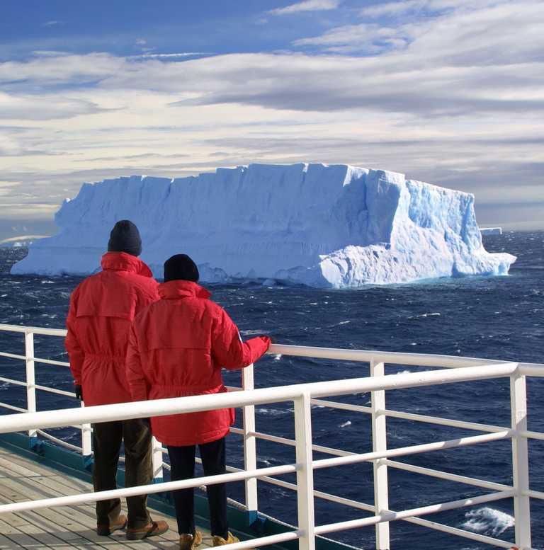 SHU_3_SHU_ALL_Antarctica January iceberg-e2