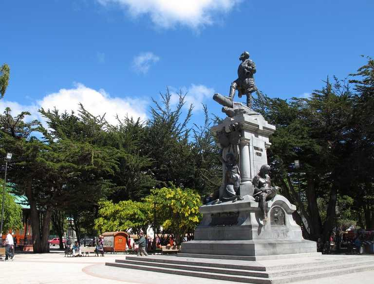 SW_3_SW_RTD_Punta-Arenas-Plaza-Armas