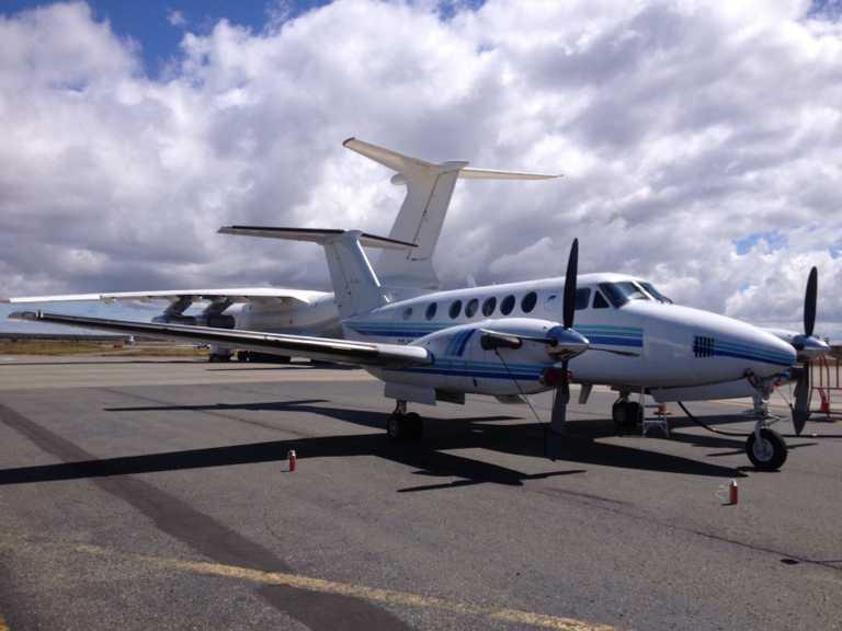 UNK_3_UNK_Beechcraft-King-Air-300